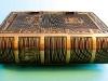 Öntött bronz könyv gerince.